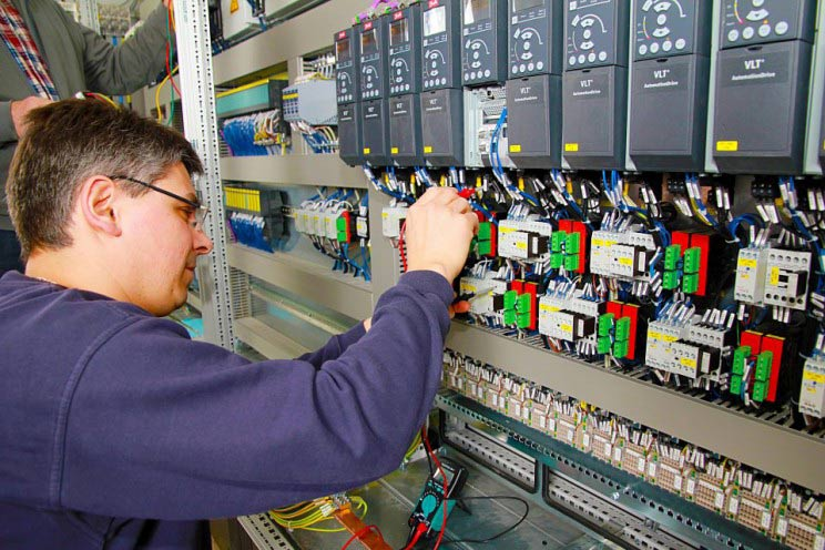 Which are the best colleges for electrical engineering in China?